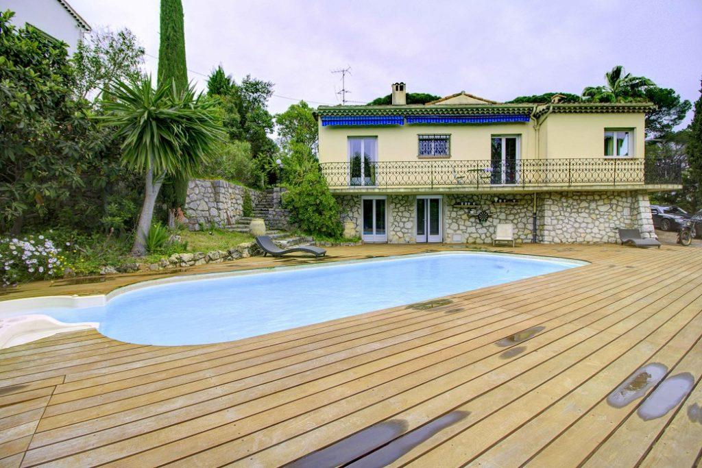 Villa – Cannes La Bocca